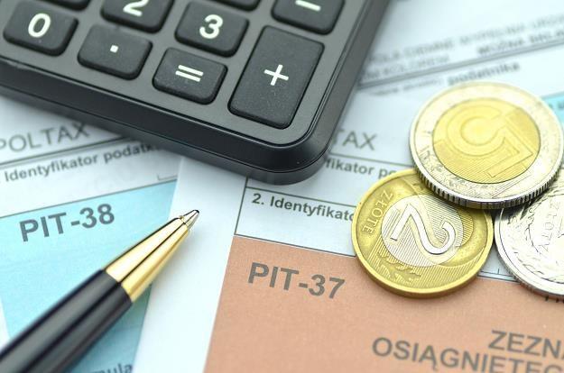Rząd podnosi od stycznia 2018 r. kwotę wolną od podatku /©123RF/PICSEL