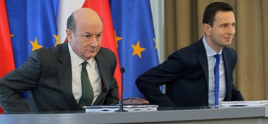 Rząd proponuje: Stopniowe przenoszenie pieniędzy z OFE do ZUS