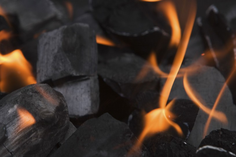 Rząd przyjął normy dla węgla, które nic nie zmieniają? /© Glowimages