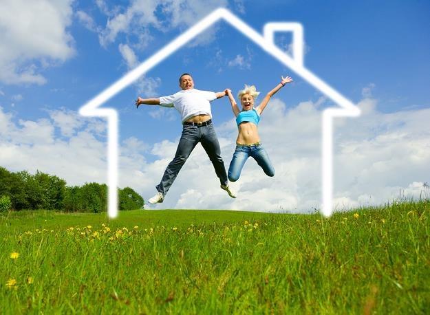 Rząd przyjął projekt ustawy o pomocy państwa w nabyciu pierwszego mieszkania przez ludzi młodych /©123RF/PICSEL