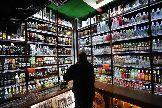 Rząd przyjął projekt ustawy okołobudżetowej - podrożeje alkohol i papierosy, fot. Wojciech Stróżyk /Reporter