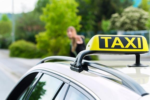 Rząd rezygnuje z egzaminów z topografii miasta dla kandydatów na taksówkarzy /©123RF/PICSEL