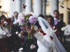 Rząd szykuje ostrzejsze limity na weselach