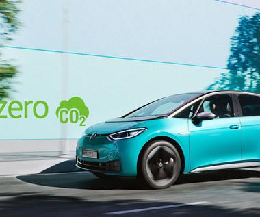 Rząd tnie dopłaty do samochodów elektrycznych. Zamiast 37,5 tys. zł  będzie niespełna 19 tys. zł