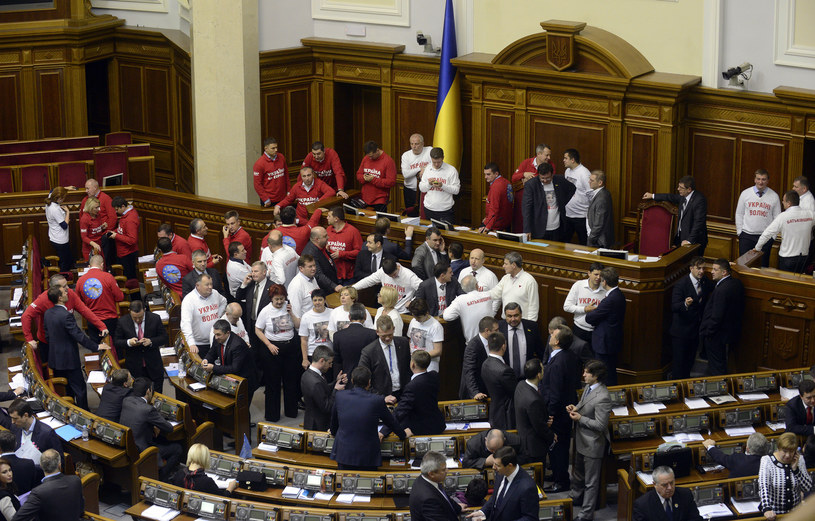 Rząd Ukrainy wstrzymał przygotowania do podpisania umowy stowarzyszeniowej Z UE /AFP