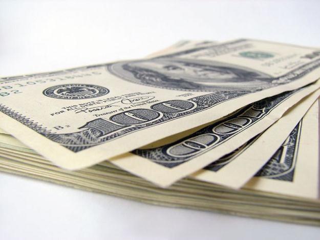 Rząd USA wydał od 2008 r. ponad 700 mln dolarów na świadczenia i emerytury dla osób, które nie żyją /©123RF/PICSEL