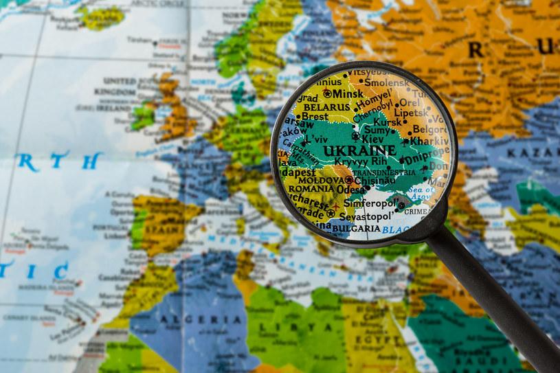 Rząd w Kijowie chciałby, aby Ukraińcy wracali z zagranicy do kraju /123RF/PICSEL