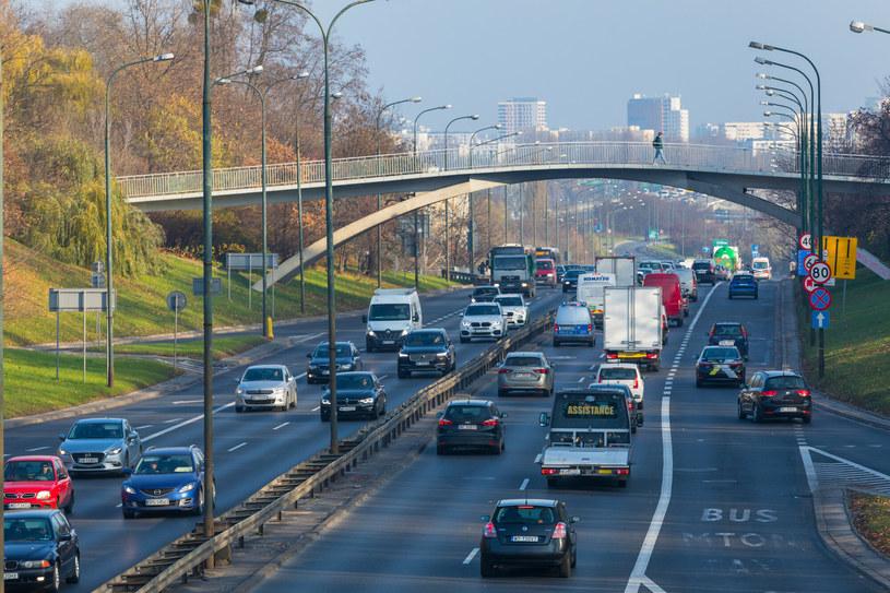 Rząd zajmie się zmianami w Prawie o ruchu drogowym /Arkadiusz Ziółek /East News