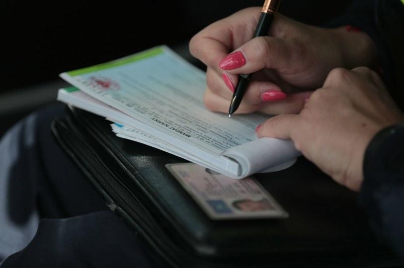 Rząd znalazł sposób, jak poprawić ściągalność mandatów! /PIOTR JEDZURA/REPORTER /Agencja SE/East News