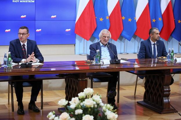 Rząd zobowiązał szefa KPRM do uzgodnień dot. zmniejszenia zatrudnienia m.in. w kancelarii premiera /Leszek Szymański /PAP
