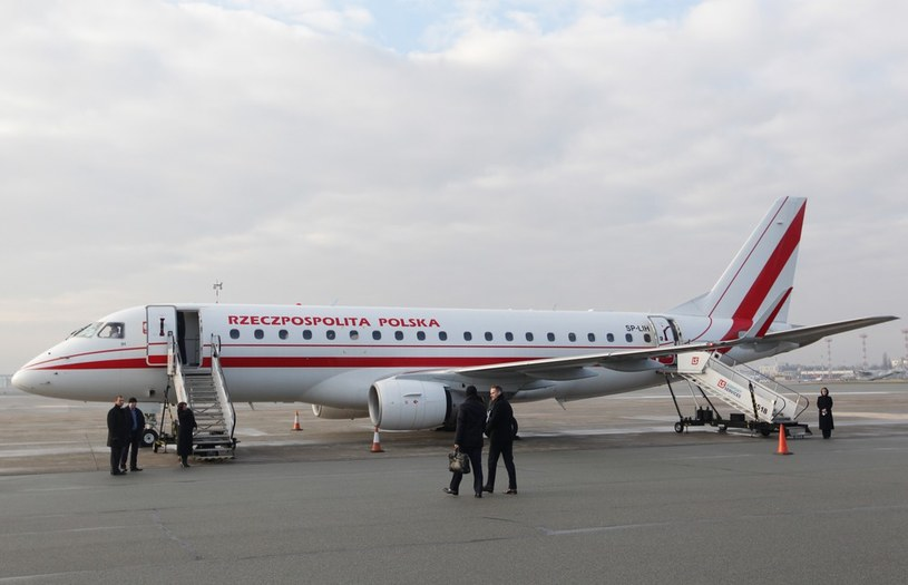 Rządowy embraer 175 /STANISLAW KOWALCZUK /East News