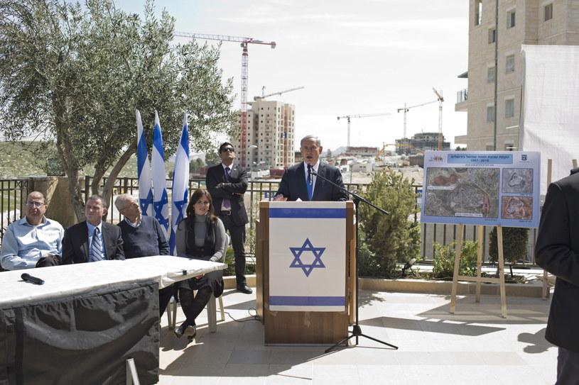 Rządząca obecnie prawica premiera Benjamina Netanjahu może liczyć na ok. 20 proc. głosów /PAP/EPA