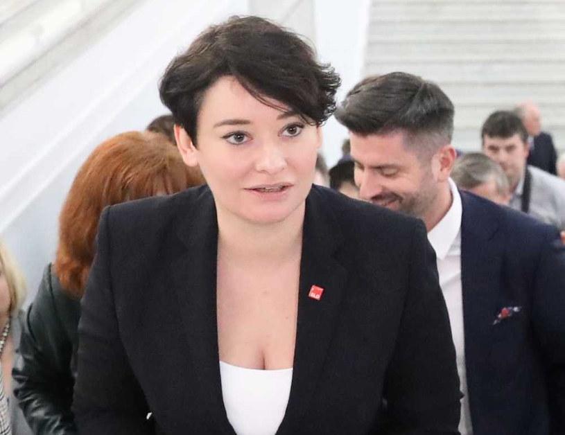 Rzeczniczka Lewicy Anna Maria Żukowska / Tomasz Gzell    /PAP