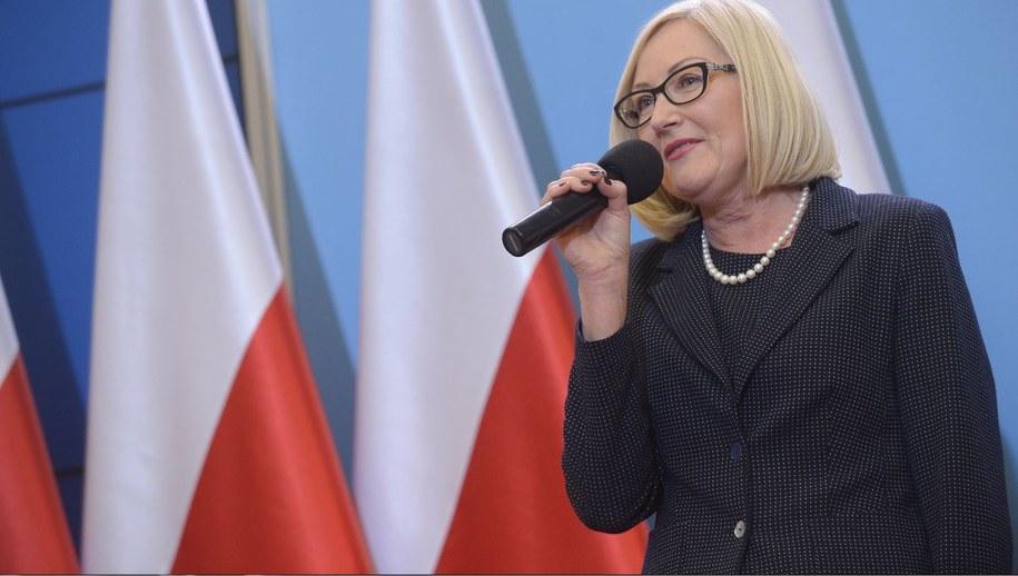 Rzeczniczka rządu Joanna Kopcińska dostała nagrodę. Ale jak zapewnia - oddała ją / Marcin Obara  /PAP