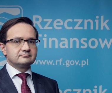 Rzecznik Finansowy interweniuje w sprawie nieautoryzowanych transakcji