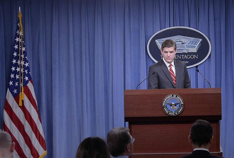 Rzecznik Pentagonu Peter Cook /AFP