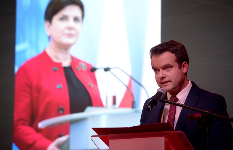 Rzecznik prasowy rządu Rafał Bochenek /Jacek Turczyk /PAP