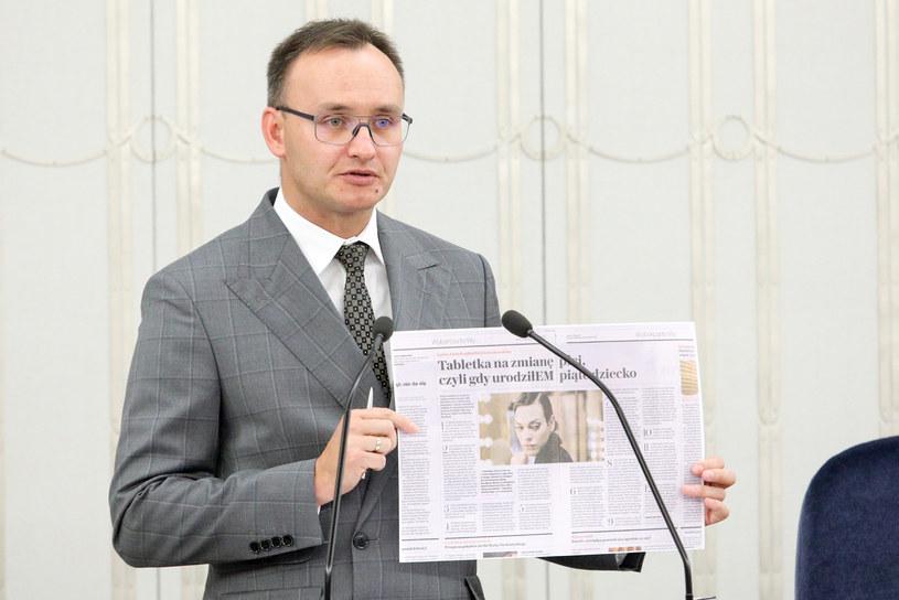 Rzecznik praw dziecka w Senacie /Fot Tomasz Jastrzebowski /Reporter