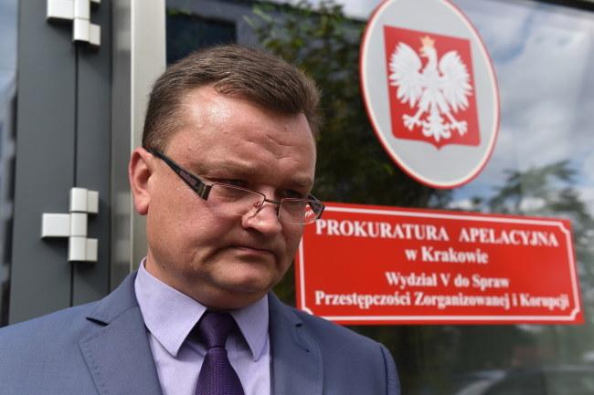 Rzecznik Prokuratury Apelacyjnej w Krakowie prok. Piotr Kosmaty, podczas konferencji prasowej /Jacek Bednarczyk /PAP