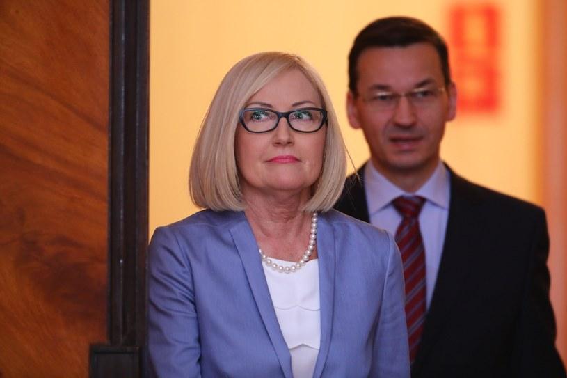 Rzecznik rządu Joanna Kopcińska i premier Mateusz Morawiecki /Stanisław Kowalczuk /East News