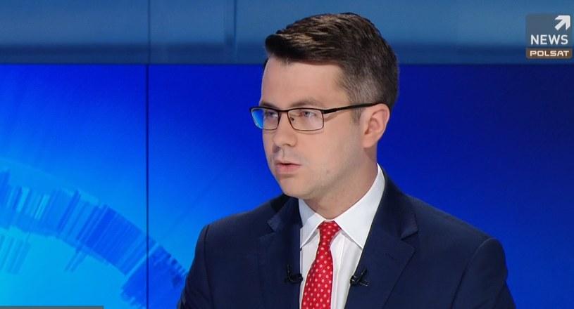 """Rzecznik rządu Piotr Müller w """"Gościu Wydarzeń"""" /Polsat News"""
