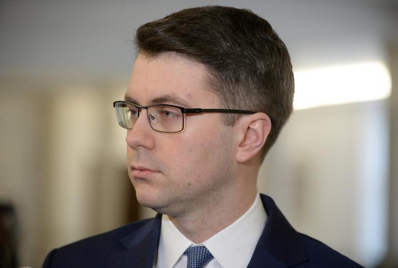 Rzecznik rządu Piotr Müller /Jan Bielecki /East News