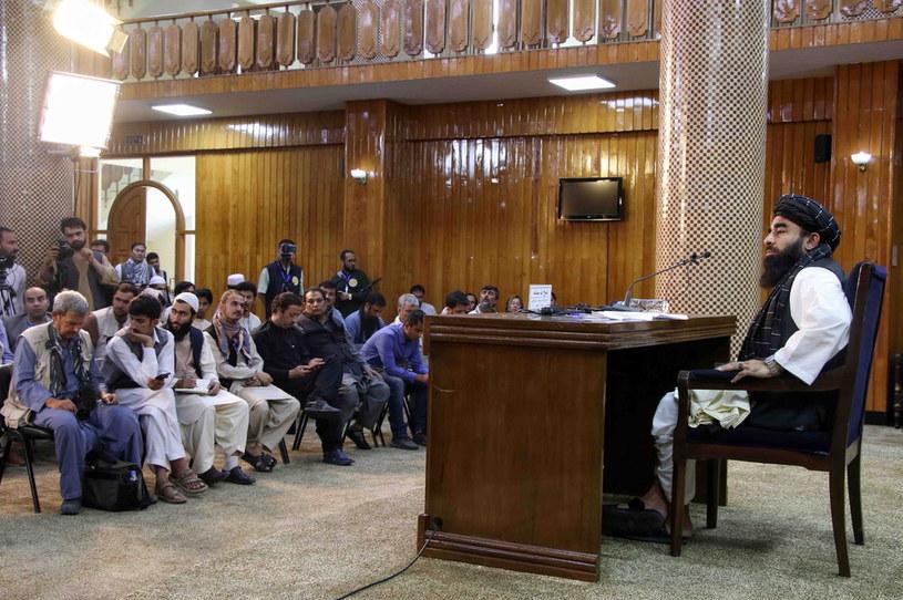 Rzecznik Talibanu Zabihullah Mudżahid /PAP/EPA/STRINGER /East News