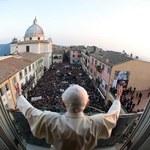 Rzecznik Watykanu: Odwaga Benedykta XVI nie mniejsza niż Jana Pawła II