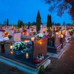 """""""Rzeczpospolita"""": Fiskus nie kontroluje miliardów na cmentarzu"""