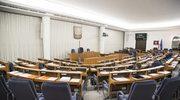 """""""Rzeczpospolita"""": Nowelizacja konstytucji zmiażdżona przez ekspertów"""