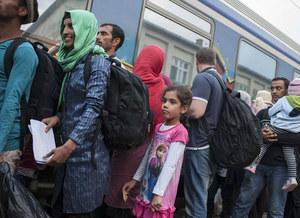 """""""Rzeczpospolita"""": Polskę szantażem zmuszono do przyjęcia uchodźców?"""