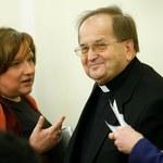 """""""Rzeczpospolita"""": Strumień dotacji dla ojca Rydzyka"""