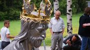 Rzeźba Jezusa Chrystusa Króla Polski góruje nad Ustroniem