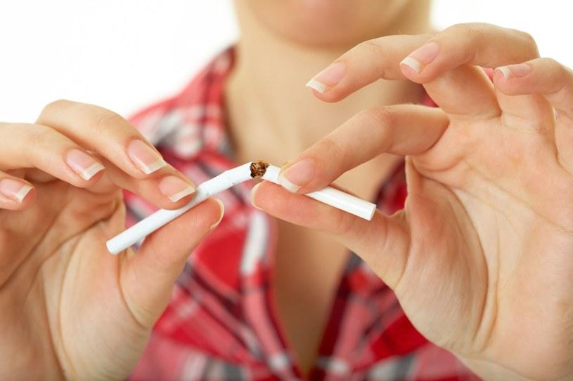 Rzuć palenie w 2017 roku /123RF/PICSEL