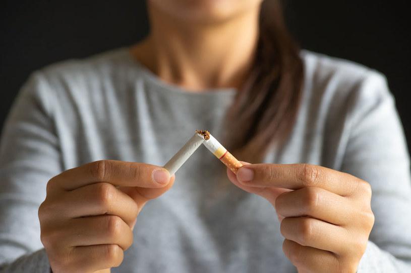 Rzucenie palenia w tym momencie, staje się koniecznością /123RF/PICSEL