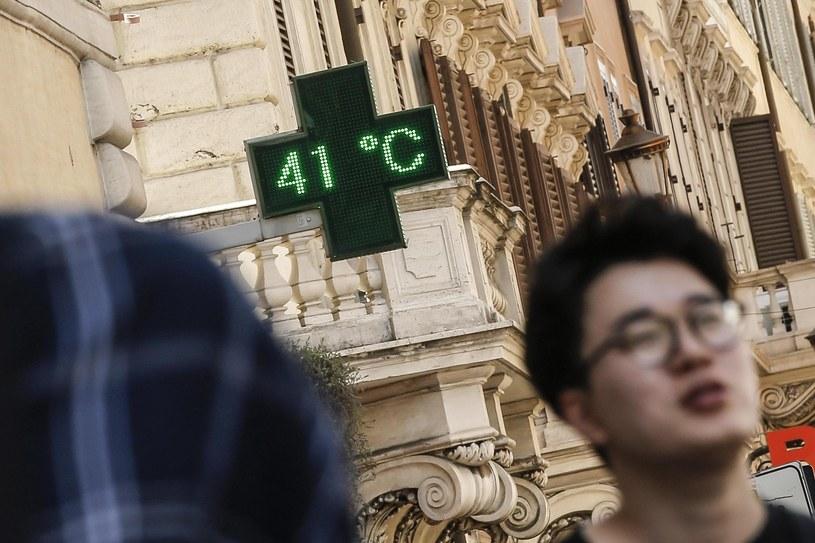 Rzym, termometr wskazuje 41 stopni Celsjusza /PAP/EPA