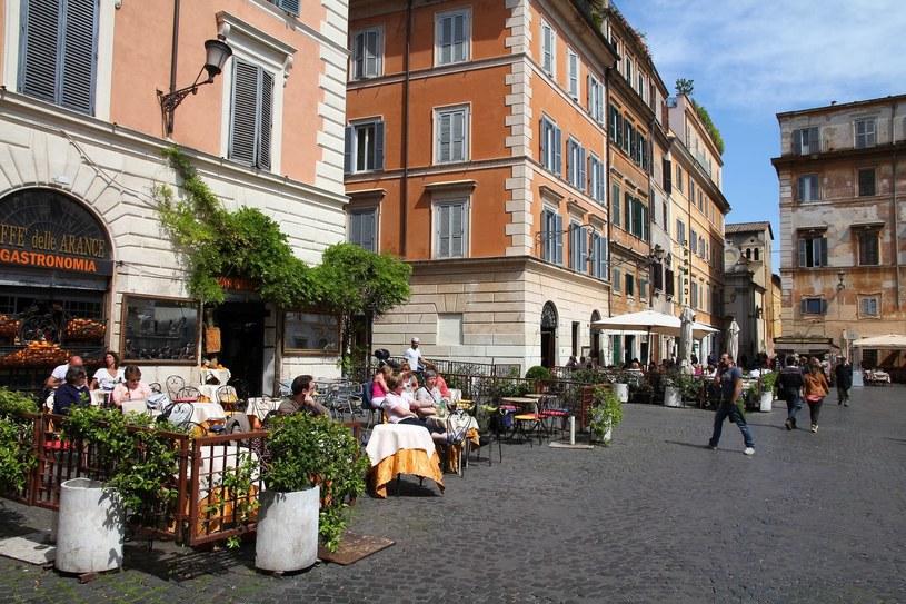 Rzymskie kawiarnie oferują chyba najlepszą espresso na świecie /123RF/PICSEL