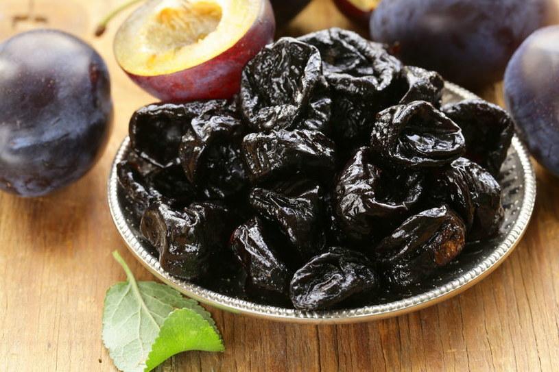 Są aż pięciokrotnie bardziej kaloryczne od świeżych owoców /123RF/PICSEL