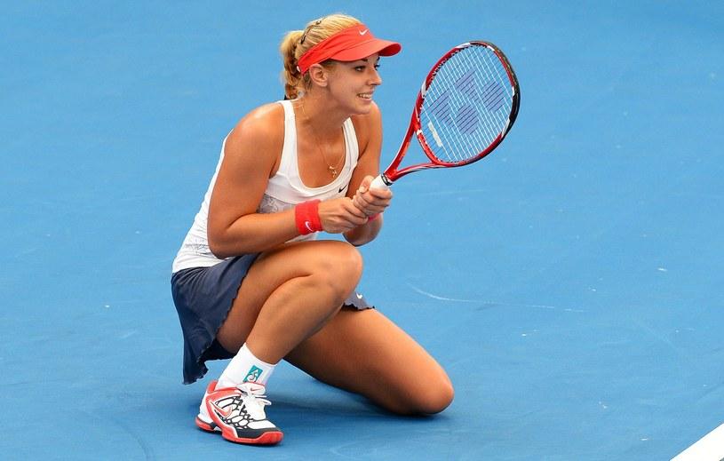 Sabine Lisicki cieszy się sympatią fanów tenisa podczas turnieju WTA w Katowicach /AFP