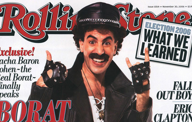 """Sacha (a raczej Borat) na okładce """"Rolling Stone"""" wystylizowany na Freddiego  /Splashnews"""