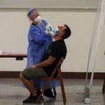 Saczka: Większość zarażonych Deltą nie wyjeżdżała ostatnio za granicę
