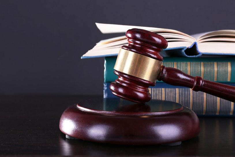 Sąd eksmitował małżeństwo bez prawa do lokalu socjalnego. RPO złożył skargę nadzwyczajną /123RF/PICSEL