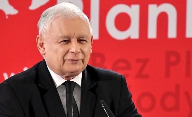 """Sąd: Kaczyński ma przeprosić Sikorskiego za słowa o """"zdradzie dyplomatycznej"""""""