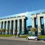 Sąd Najwyższy rozwiązuje problemy nowej izby