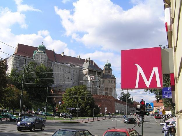 Sąd Ochrony Konkurencji i Konsumentów uznał, że bank Millenium stosuje niedozwolone klauzule /INTERIA.PL