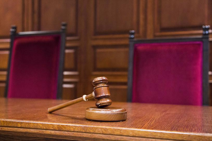 Sąd zdecydował o przeniesieniu oskarżonego do zakładu psychiatrycznego /Andrzej Hulimka/Reporter /East News