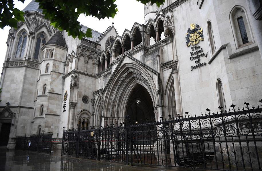 Sąd zdecydował o tym, że to Juan Guaido zarządza wenezuelskim złotem znajdującym się w Banku Anglii / ANDY RAIN    /PAP/EPA