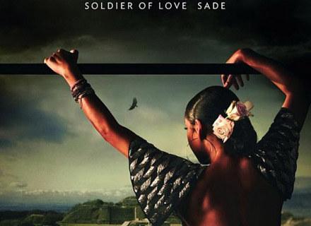 """Sade na okładce płyty """"Soldier Of Love"""" /"""