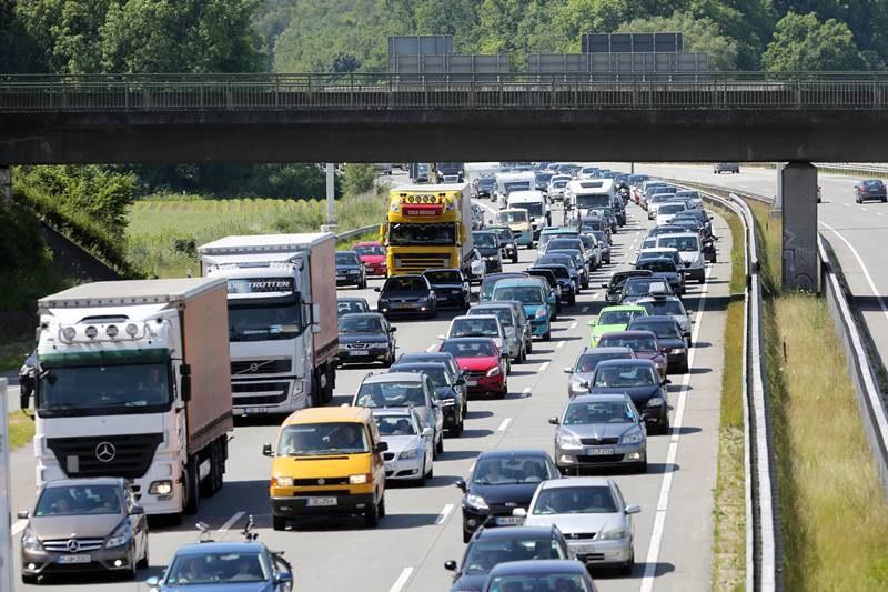 Saksonia nie chce myta dla kierowców z Polski /Marc Müller  /PAP/EPA