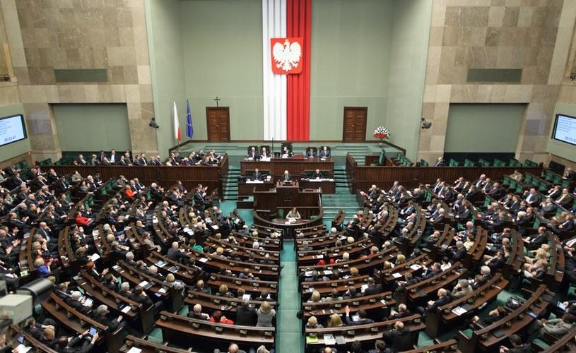 Sala obrad Sejmu RP /Stanisław Kowalczuk /Reporter